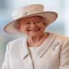upload/image/2015/10/الملكة اليزابيث اللؤلؤ.jpg